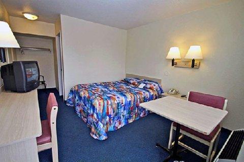 фото Motel 6 Everett North 610299861