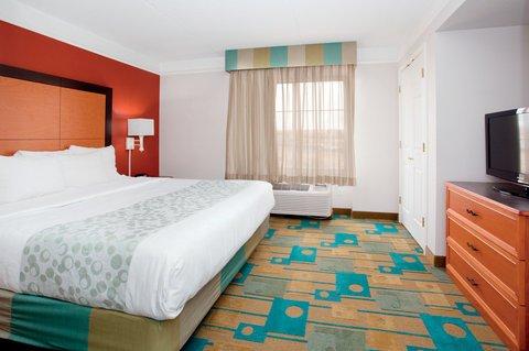 фото La Quinta Inn & Suites Albuquerque West 610303713