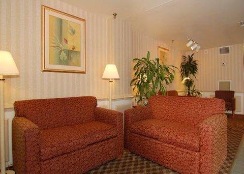 фото Econo Lodge Oceanfront 610324096