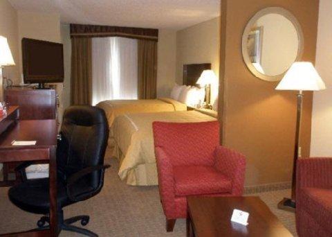 фото Comfort Suites Hummelstown 610347918