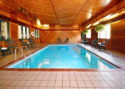 фото Comfort Inn Minocqua 610444574