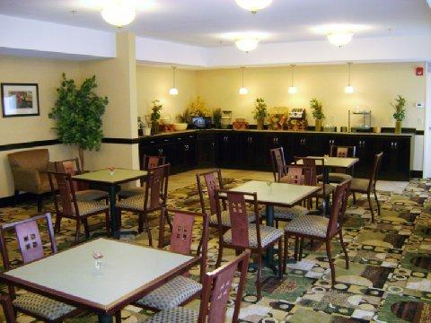 фото La Quinta Inn & Suites Lexington South/Hamburg 610445936