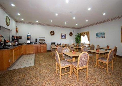 фото Comfort Inn & Suites Main St 610447219