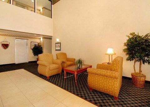 фото Comfort Suites Dover 610456260