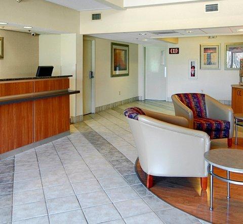 фото Red Roof Inn Houston Energy Corridor 610459827