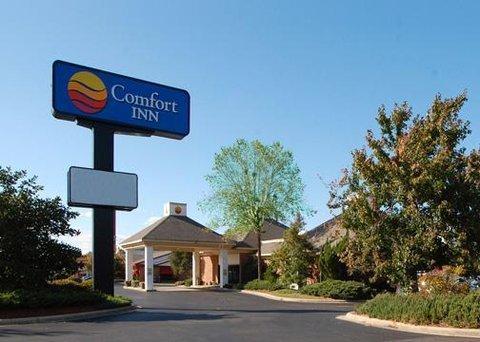 фото Rodeway Inn Fayetteville 610541771