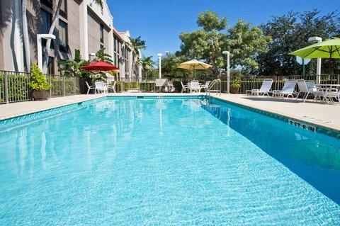 фото Hampton Inn Ft. Lauderdale-Commercial Blvd. 610549766