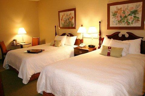 фото Hampton Inn Fremont 610588333