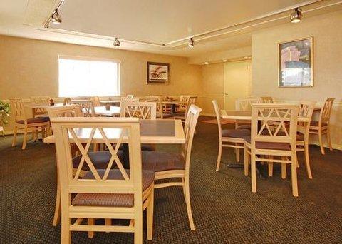 фото Econo Lodge Live Oak 610635198