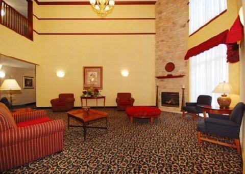 фото Quality Inn & Suites Madison 610677911