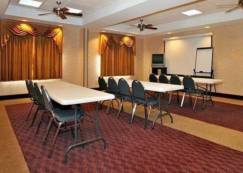 фото Comfort Inn And Suites Guymon 610680995