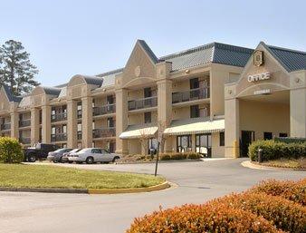 фото Budgetel Inn & Suites Macon 610697328