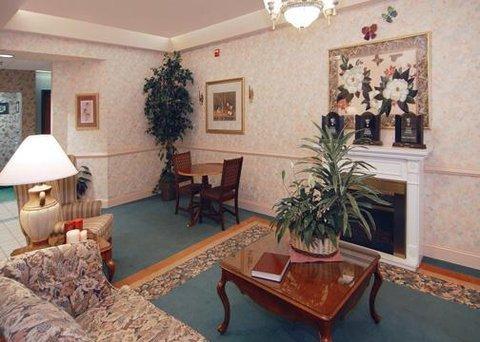 фото Comfort Inn Grundy 610721789