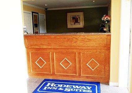 фото Rodeway Inn Wall 610745185