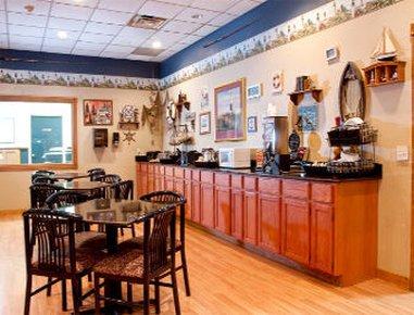 фото Baymont Inn & Suites Ludington 610797124