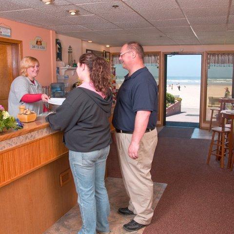 фото Seashore Inn on the Beach Seaside 610806333