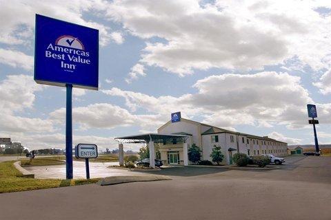 фото Americas Best Value Inn Clarksville 610811313