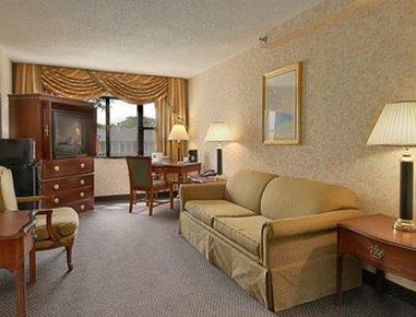 фото Chicago Lake Shore Hotel 610849598
