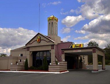 фото Super 8 Motel Pittston 610897880