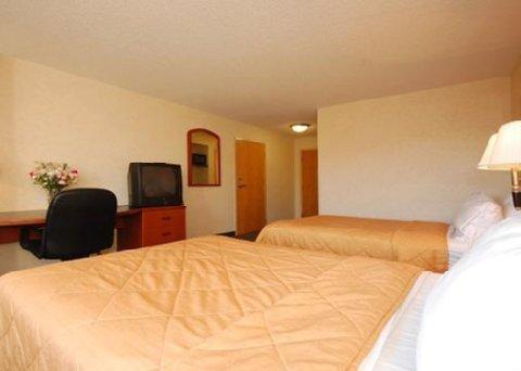 фото Sleep Inn & Suites 610912386