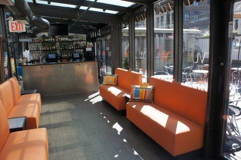 фото La Quinta Inn Manhattan 610940822