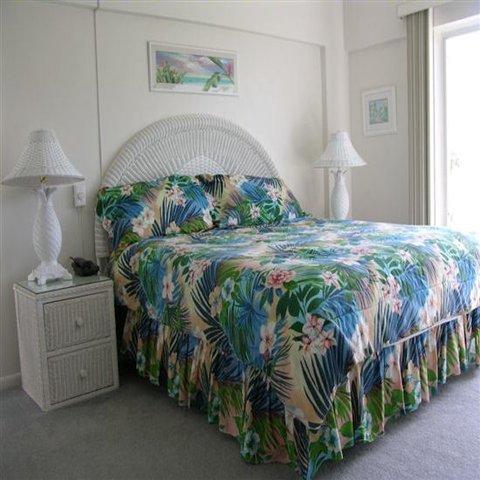 фото Island House Beach Resort 610942631