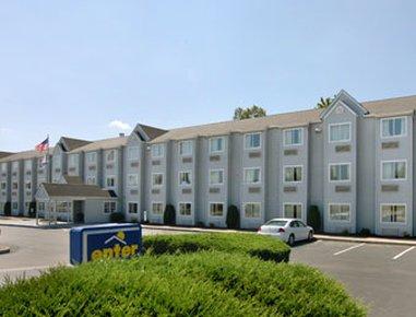 фото Microtel Inn by Wyndham Charleston South 610962281