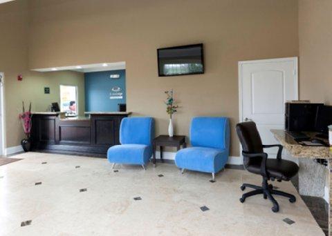 фото Econo Lodge Inn & Suites Baytown 611010833