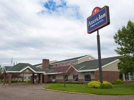 фото Litchfield AmericInn Lodge & Suites 611050353