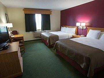 фото Litchfield AmericInn Lodge & Suites 611050359
