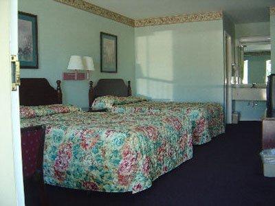 фото Jubilee Inn 611196832