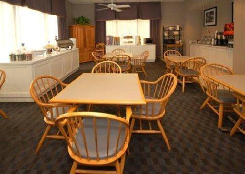фото Quality Inn & Suites 611231983