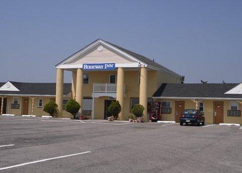 фото Rodeway Inn Parkway 611336819