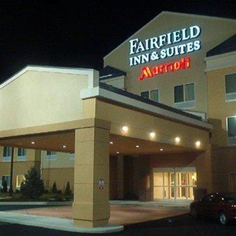 фото Fairfield Inn And Suites Frankfort Hotel 611348241