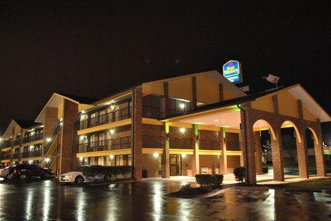 фото Best Western Fairwinds Inn 611361383