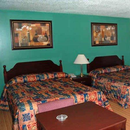 фото American Inn & Suites Childress 611369975