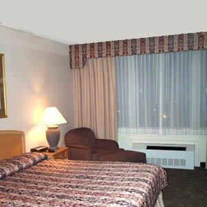 фото Riverfront Lodge 611394837