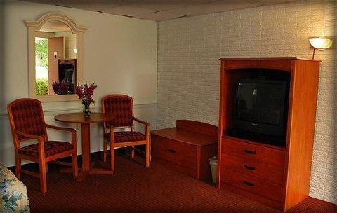 фото Ocean Park Inn - Eastham Hotel 611407320