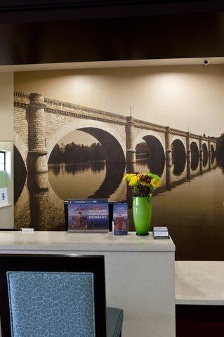фото Staybridge Suites Houston - IAH Airport 611410313