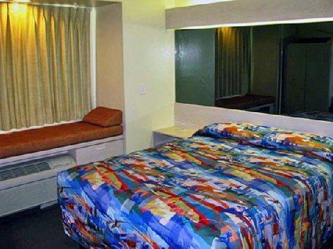фото Motel 6 McAlester 611614676