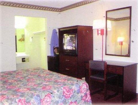 фото Houston Inn and Suites 611682800