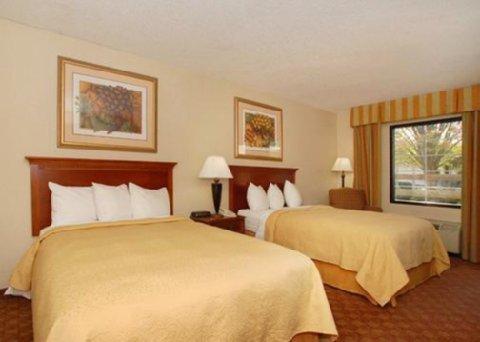 фото Quality Inn & Suites Hanes Mall 611738149