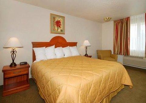 фото Comfort Inn Huron 611743066