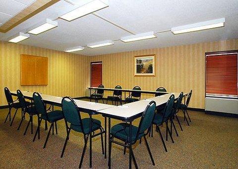 фото New Victorian Inn & Suites Omaha 611800775