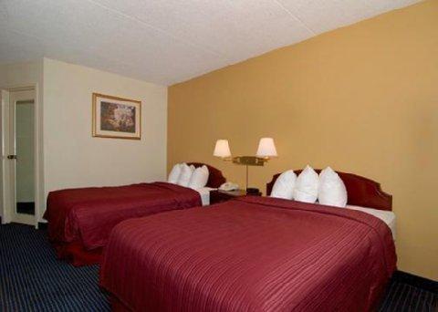 фото Quality Inn Executive Park 611804247