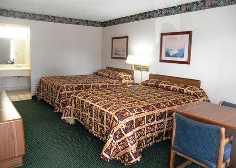 фото Rodeway Inn 611850291