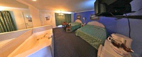 фото FairBridge Inn Express - Wisconsin Dells 611855575