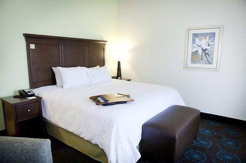 фото Hampton Inn & Suites Wheeling - The Highlands 612084330
