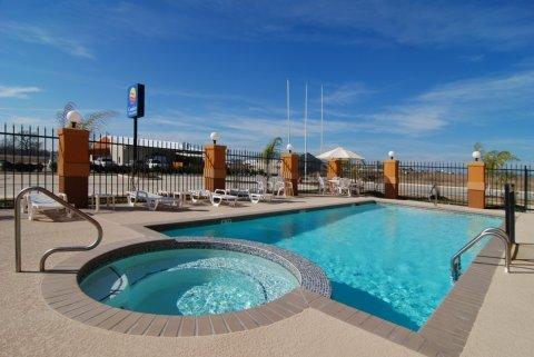 фото Comfort Inn & Suites Navasota 612196030