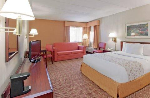 фото La Quinta Inn & Suites Warwick Providence Airport 612302366